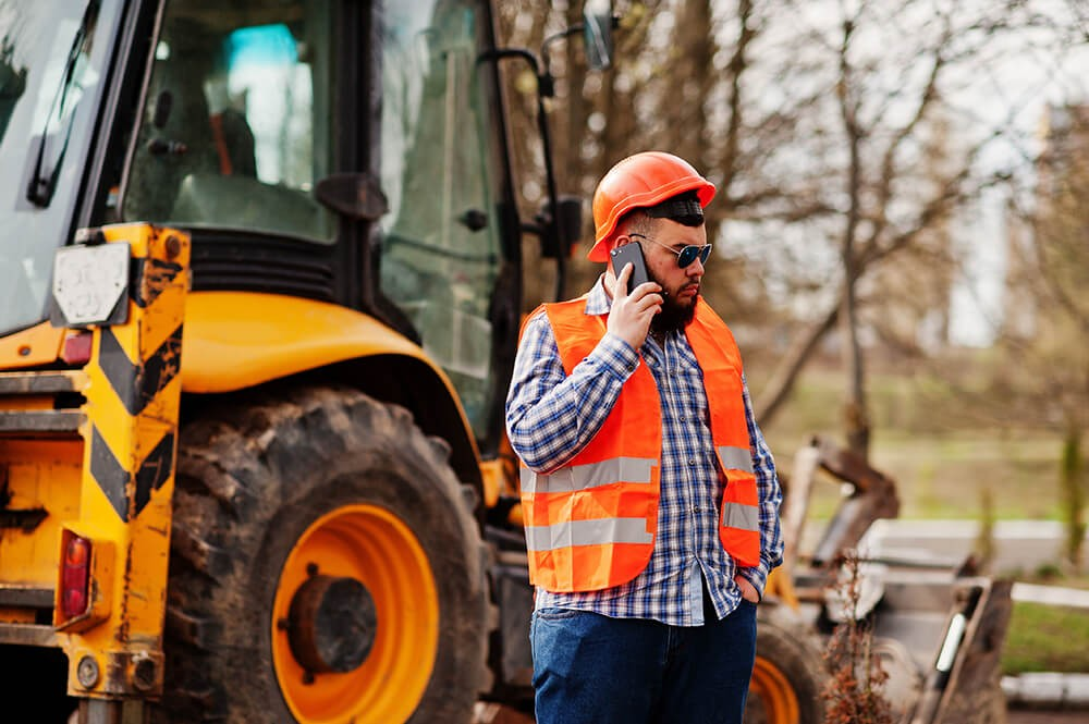Should You Be Using Smartphones On Job Sites?